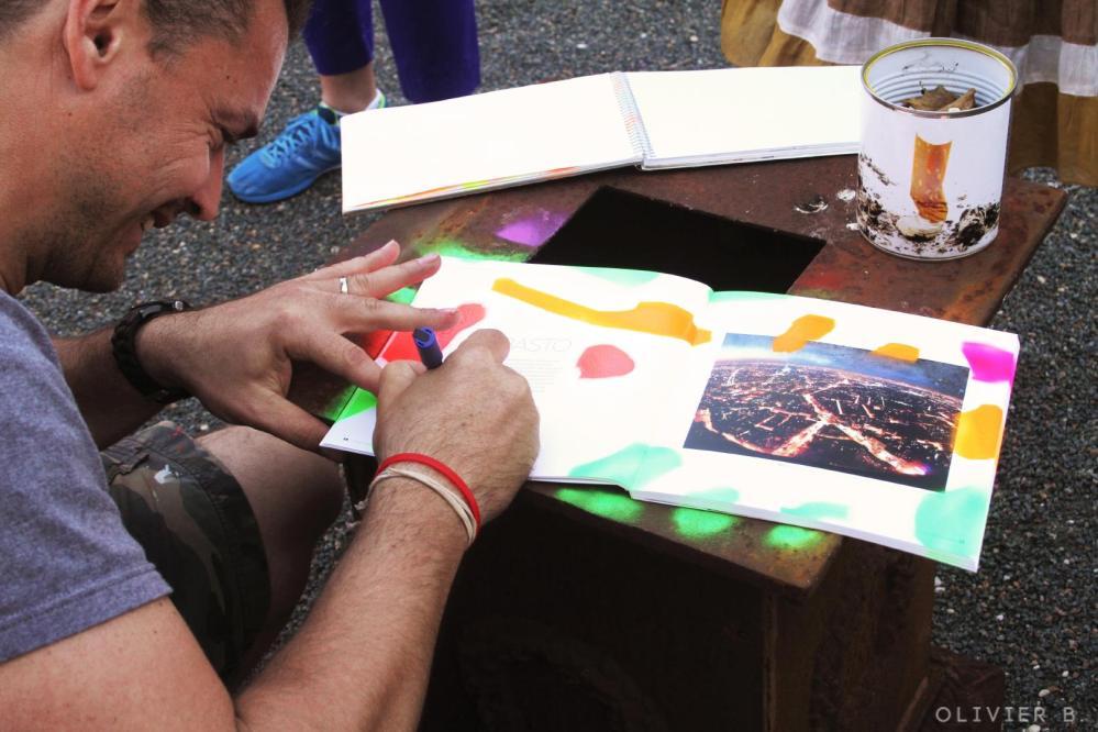 Basto dédicace catalogue Prix du graffiti Galerie Amarrage 06-2015 Saint-Ouen (FR)